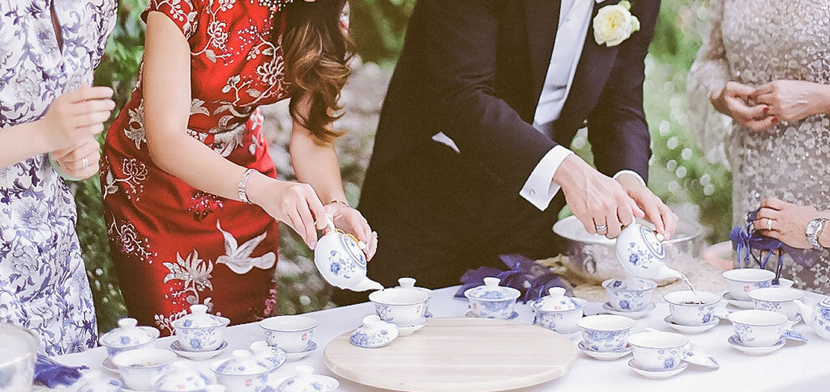 Chinese_wedding_tea_ceremony_Rome
